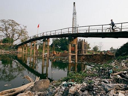 """Công bố """"10 làng ung thư"""": Hậu quả của việc ô nhiễm nguồn nước"""