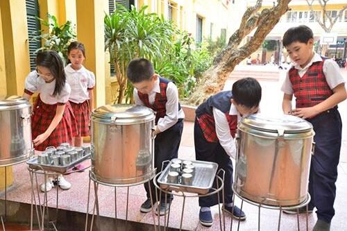 Rất nhiều quy định về chất lượng nước trong nhà trường