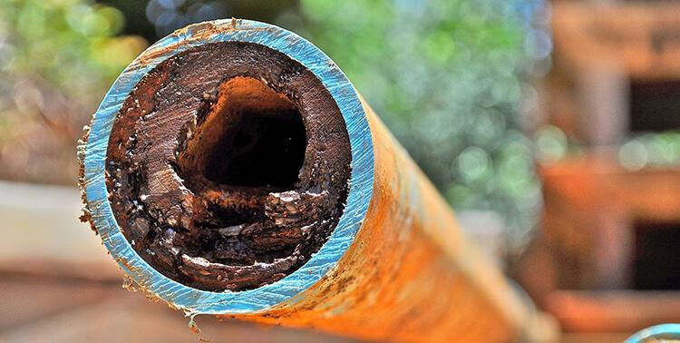 Làm mềm nước cứng giúp giảm chi phí sửa đường ống