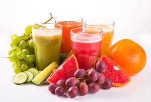 Cách bổ sung vitamin C từ nước ép trái cây và rau củ