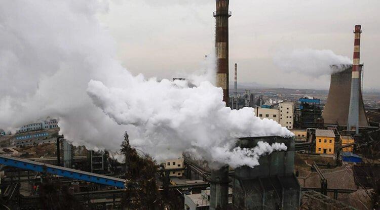 Hoạt động công nghiệp gây ô nhiễm không khí