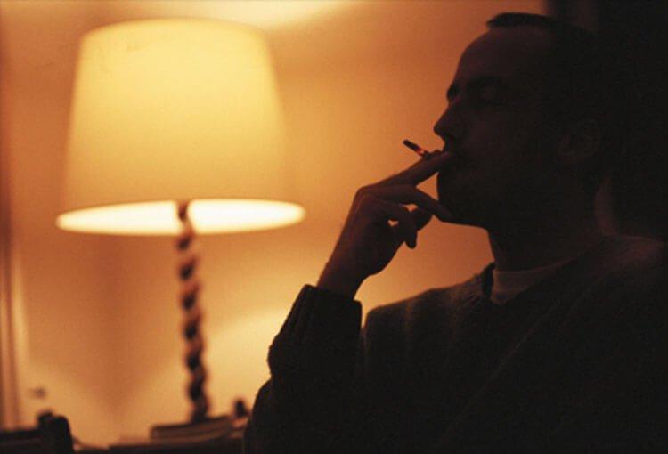 Mất giấc ngủ ngon do thuốc lá