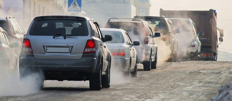 Khói bụi giao thông gây hại cho da