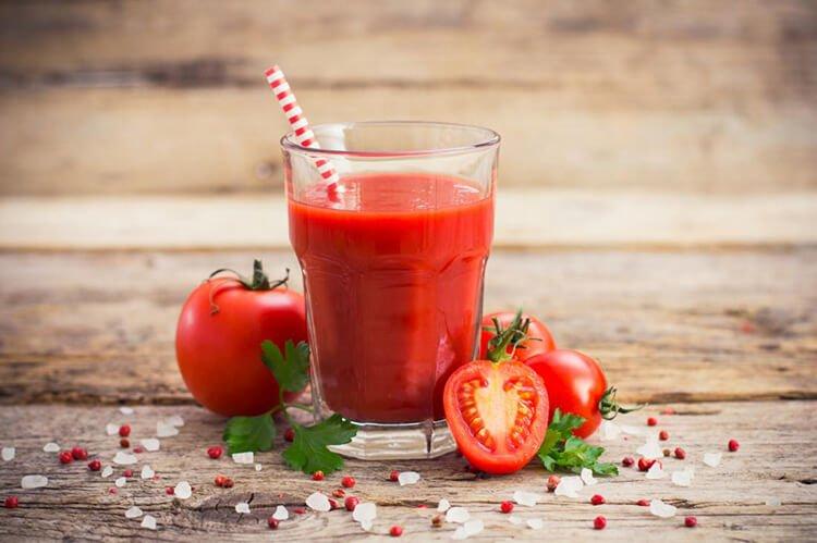 Nước ép cà chua có nhiều tác dụng cho cơ thể