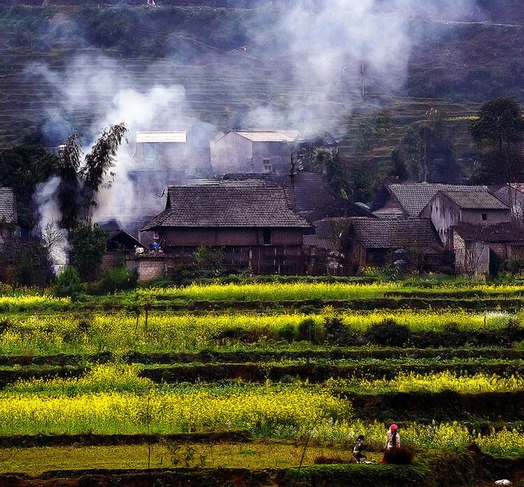 Đốt bếp củi ảnh hưởng đến chất lượng không khí
