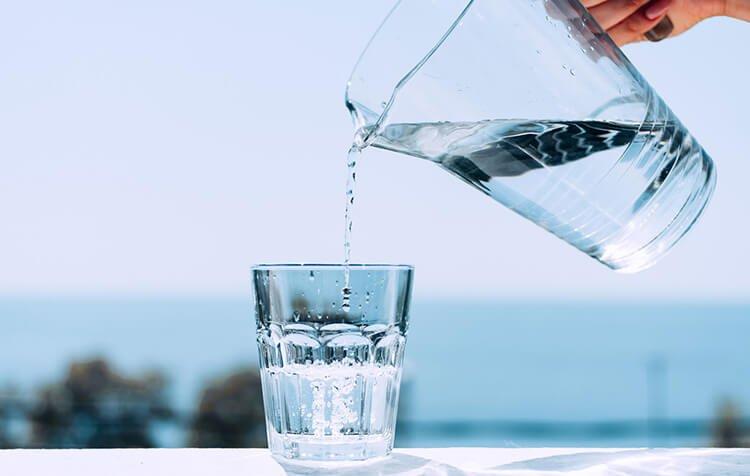 Vai trò của uống nước đối với cơ thể