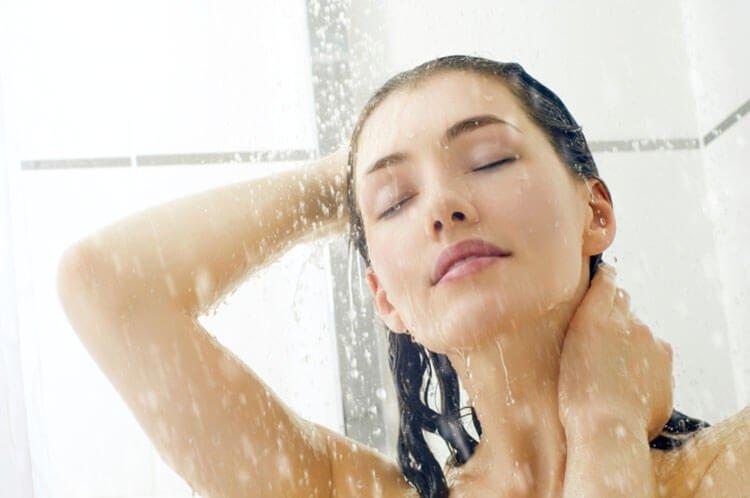 Tắm nước nóng giúp cơ bắp thư giãn