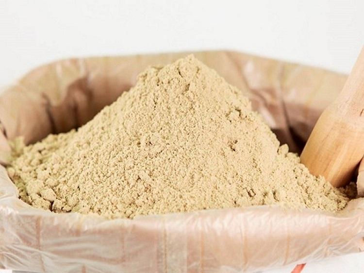 Cám gạo được dùng làm thức ăn cho chăn nuôi