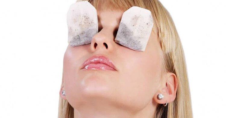 Giảm mỏi mắt bằng túi lọc trà