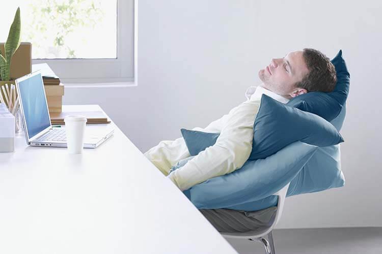 Ngủ ít vẫn khỏe bằng cách ngủ những giấc ngắn