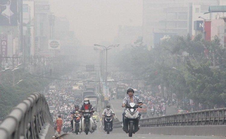 Bụi mịn PM2.5 làm tầm nhìn khi đi đường giảm xuống nghiêm trọng