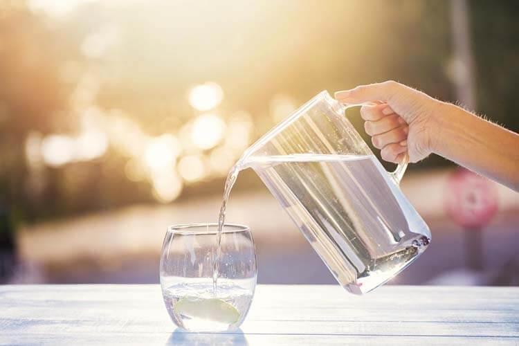 Sống khỏe mỗi ngày bằng cách uống nước đầy đủ