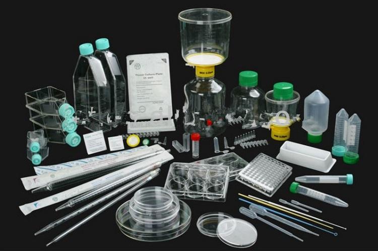 Các dụng cụ thí nghiệm nước cất gồm những gì?