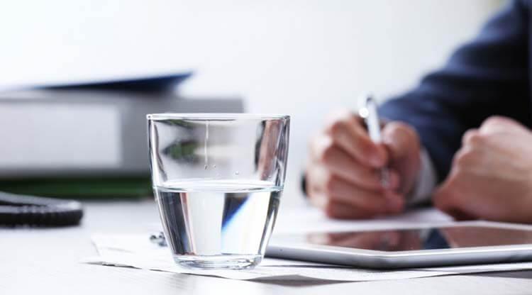 Uống nước đúng cách để nhận tối đa lợi ích cho sức khỏe