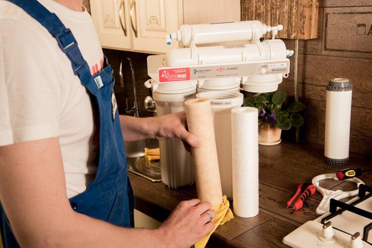 Các hình thức thay lõi lọc nước tại nhà
